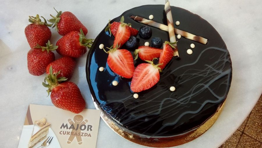 torta-rendeles-arcpirito-kiemelt